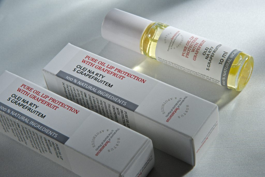 Botanicus Pure Oil Lip Protection with Grapefruit    10ML