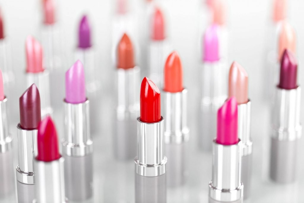 How to Choose Lipstick Shades?
