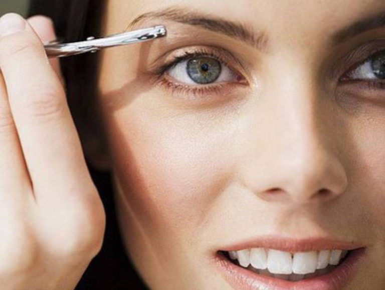 How to Remove Acne on Eyebrows