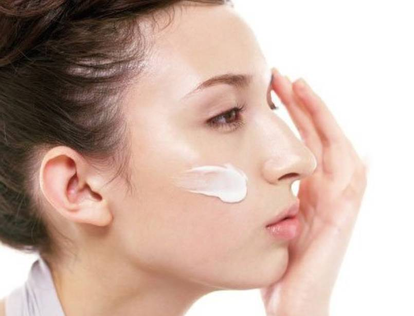 How to use sulfur ointment to treat acne